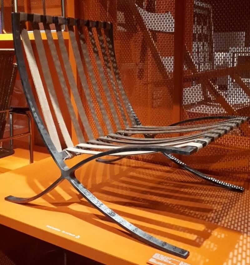 Barcelona-chair-modell